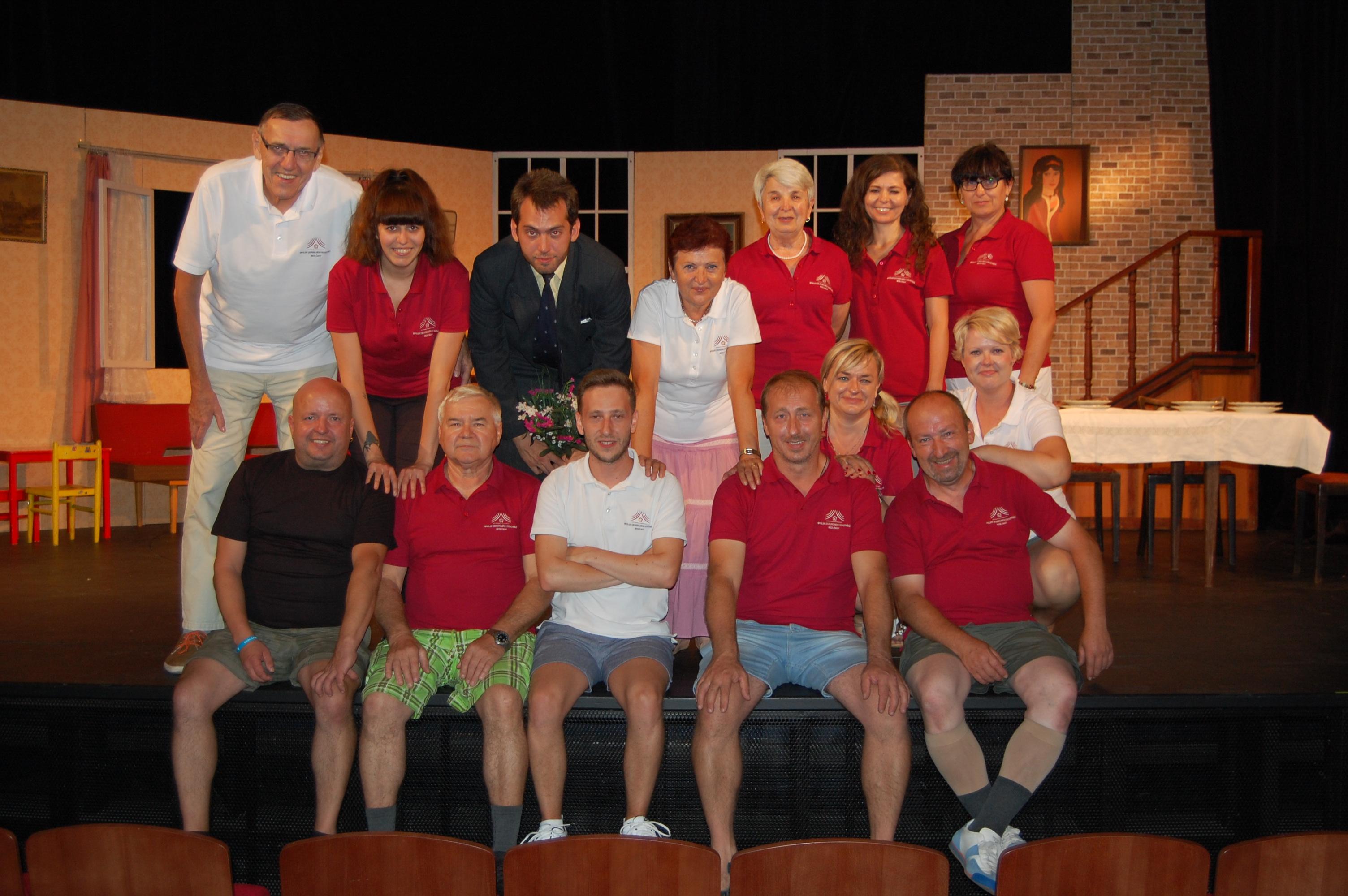 Ochotníci ze Sedlčan vyrazili s představením na turné, dostali se nečekaně i do televize